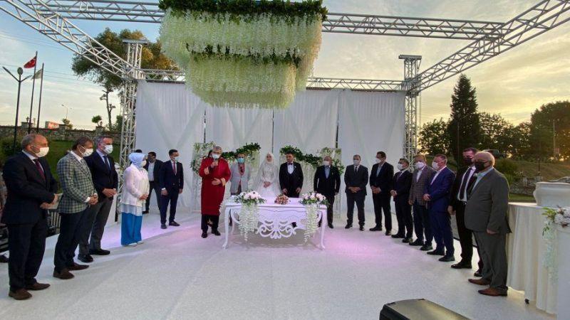 TBMM Başkanı, Hacıeyüpoğlu'nun oğlunun düğününe geldi