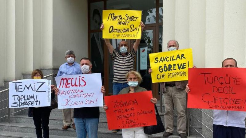CHP Adapazarı'ndan banka önünde eylem