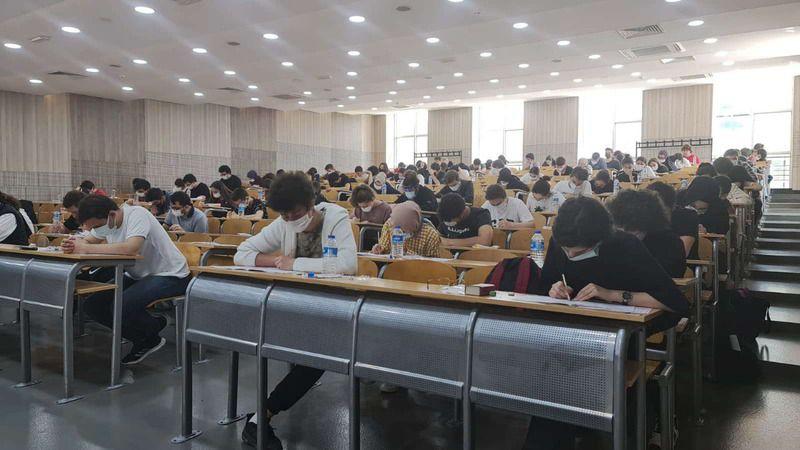 SAÜ'de 90 öğrenciye deneme sınavı