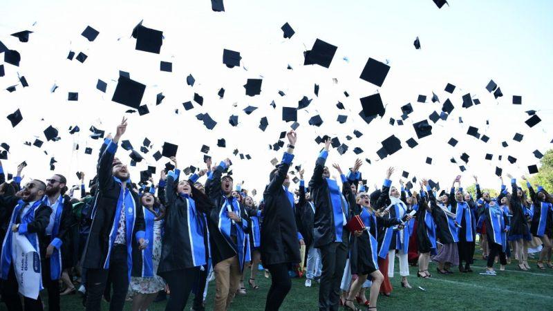SAÜ'de ilk yüz yüze mezuniyet töreni Tıp'tan