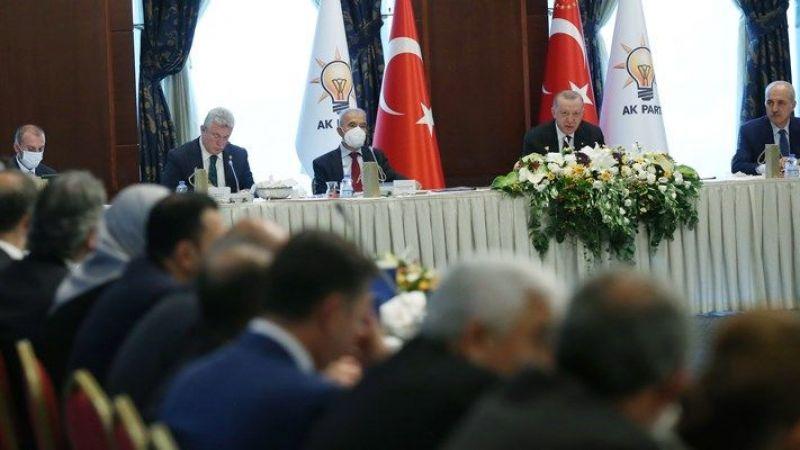 AKP'li vekillere 'Kılcallara ulaşın'  talimatı