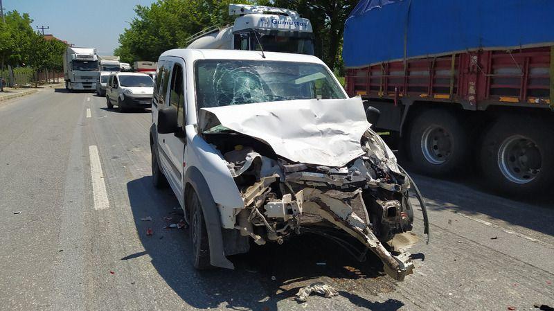 Pamukova'da kaza: 2 yaralı