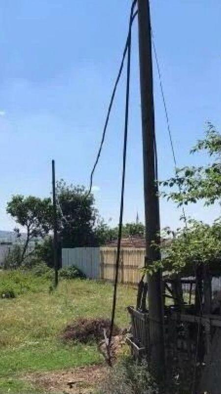 Hırsız 7 mahalleyi internetsiz bıraktı