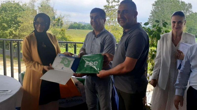 Çevreci okula 'Yeşil Bayrak' ödülü