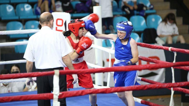 Salonda boks şampiyonası