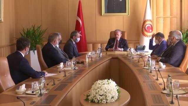 Uncuoğlu ve ekibi komisyon raporunu sundu