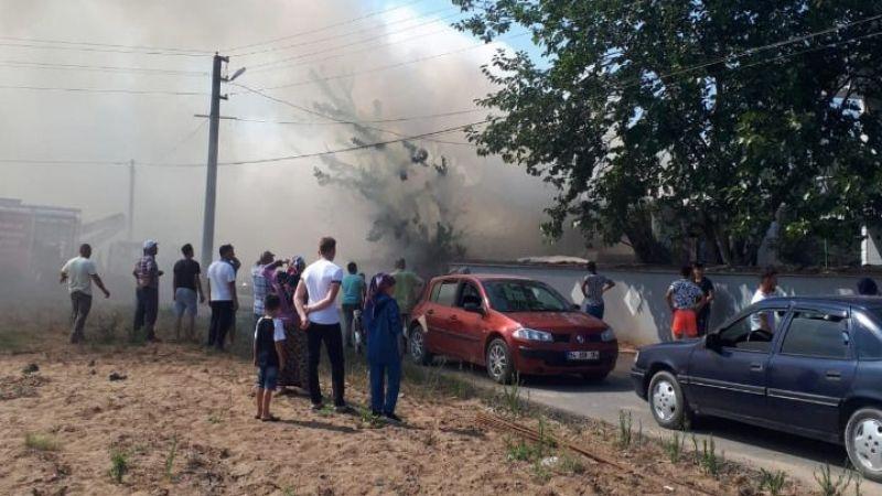 Yangında hayvanlar son anda kurtarıldı