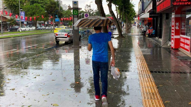 Şehirden yağmur manzaraları