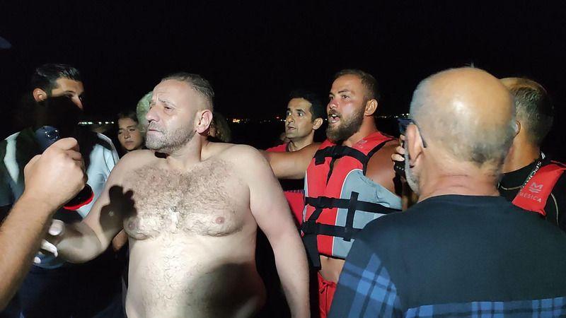 Kocaali'de denize girdi Karasu'da kurtarıldı