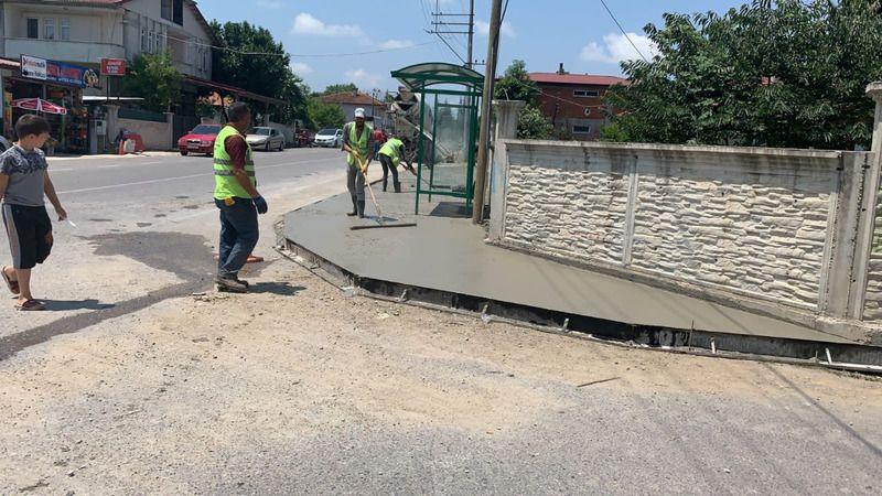 Karapürçek'e beton yaya yolu