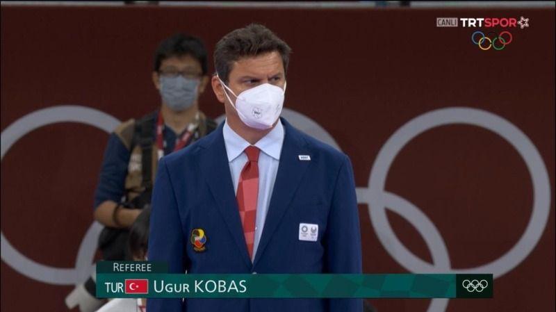 Kobaş final maçını yönetti