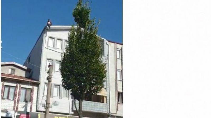 İntihar için çatıya çıktı polisler ikna etti