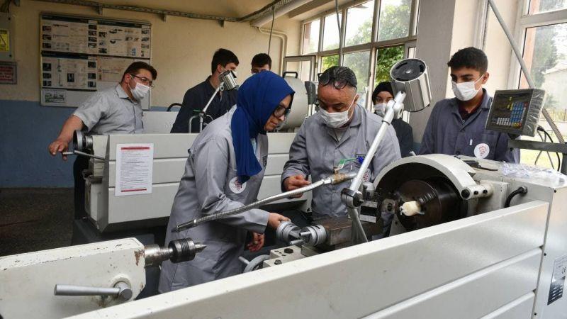 Meslek Liseleri üretimleriyle dikkat çekiyor