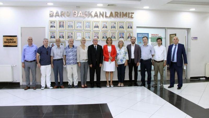 Demokrat Partiden, Baro'ya ziyaret
