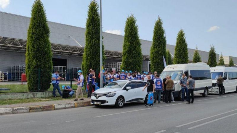 Türk Metal Sendikası üyelerinden protesto