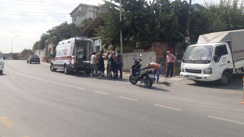 32 Evler'de kaza: Motosikletli yaralandı
