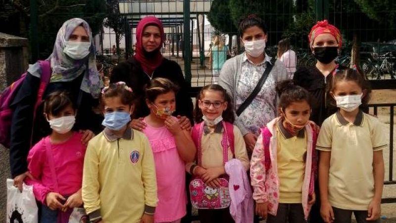 Akyazı Paris İlkokulunda veliler şikayetçi