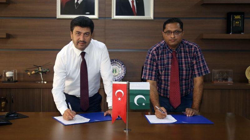 SUBÜ ve Pakistan MUST üniversitesi protokol imzaladı