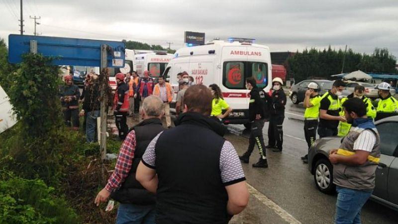 Düzce otobüsü tarlaya uçtu:7 kişi yaralandı