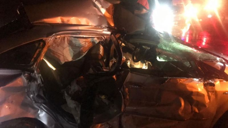 Kaygan yolda kaza:3 yaralı