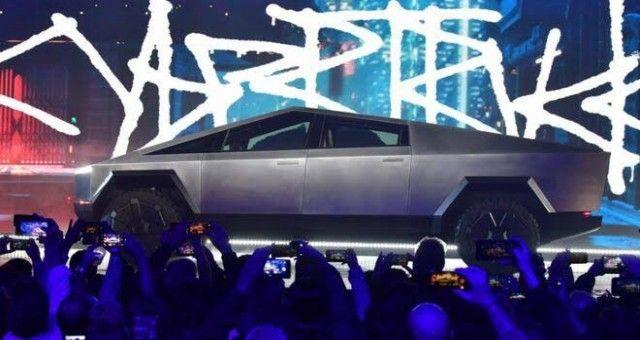 CyberTruck Ön Siparişi 200 Bini Geçti