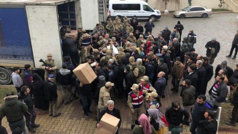 Edremit'in Elazığ'a Yardımları Ulaştı