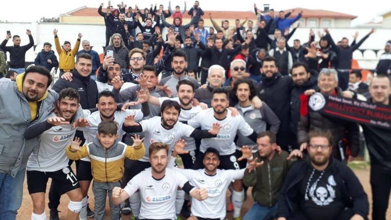 Şampiyon Burhaniye Belediyespor