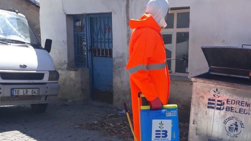 Edremit Belediyesi kırsal mahalleleri dezenfekte ediyor