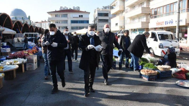 Edremit Belediyesi tıbbi maske dağıttı
