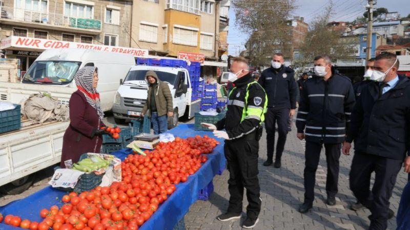Koronavirüs tedbirleri; Edremit'te pazarlarda gıda bölümü açık olacak