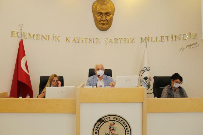 Burhaniye Belediyesi'nden kiracılarına kira desteği