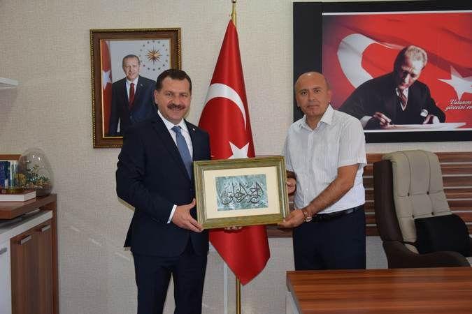 Eğitimci Başkan'dan, Müdür Yakup Özbek'e ziyaret
