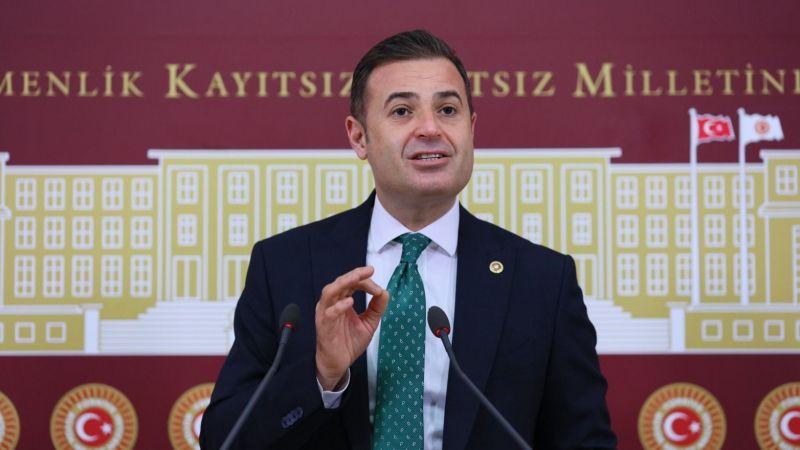 """Ahmet Akın, """"Vatandaşın ekmeği, suyu, aşı ile kimse oynamasın"""""""