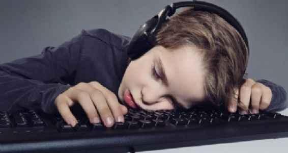 Geleceğin çocuk bakıcıları; ekranlar!
