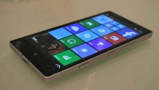 Nokia Lumia 930 satışa çıktı