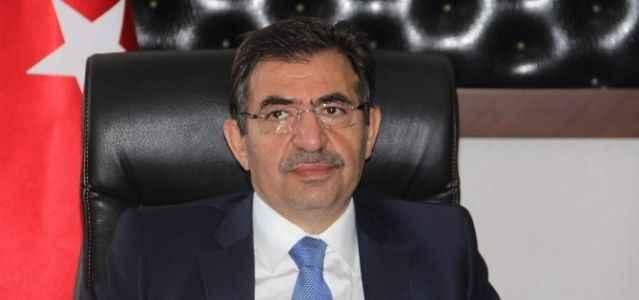 "Bakan Güllüce'den ""İstiklal Marşı"" tepkisi"