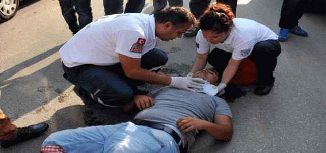 Asker uğurlarken arabadan düştü