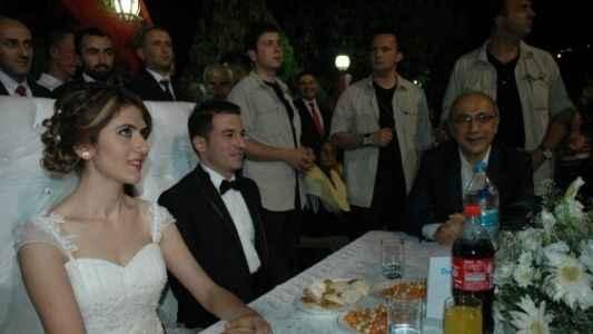 Düğünde gelinin esprisi şok etti