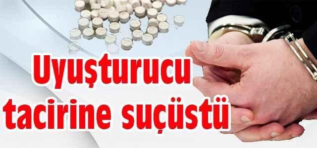 Uyuşturucu tacirine suçüstü