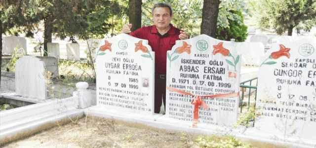 17 Ağustos mezarlığı doldu taştı
