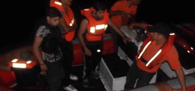 4 kaçağı boğulmaktan kurtardılar
