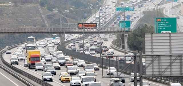 Araç sayısı düştü motosiklet sayısı arttı