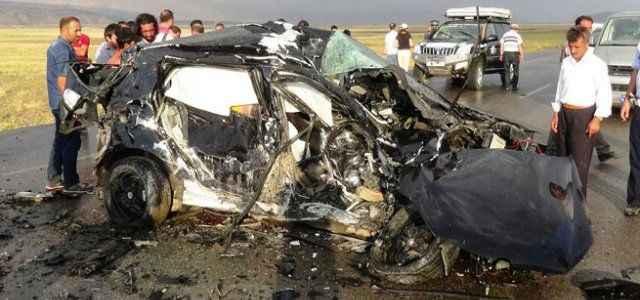 Acı kaza: 3 ölü