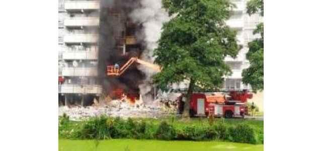 Patlama: 2 ölü 15 yaralı