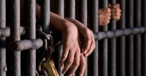 Cezaevinde 1 mahkum öldürüldü
