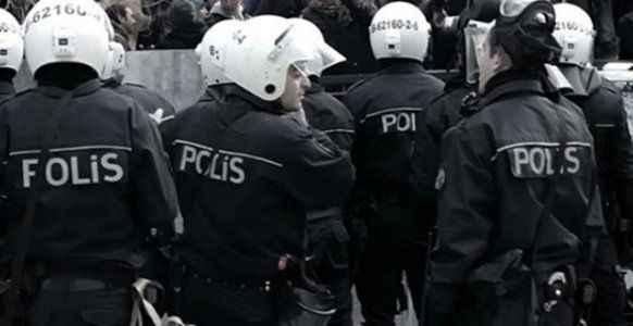 SGK'da eylem yapan grup gözaltına alındı