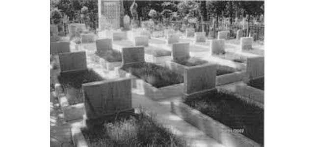 Bu mezarlıkta neler oluyor
