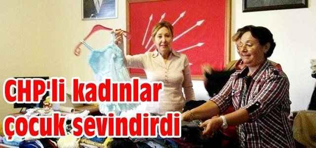 CHP'li kadınlar çocuk sevindirdi