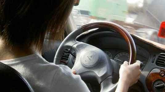 Kadın sürücü trafik cezasını böyle iptal ettirdi