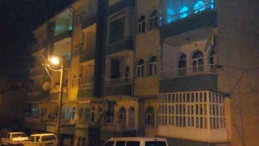 İşadamı 4'üncü kattan düşerek öldü
